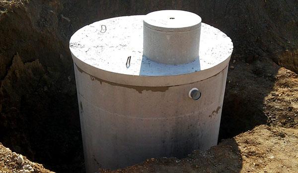 betonski lovilec olj